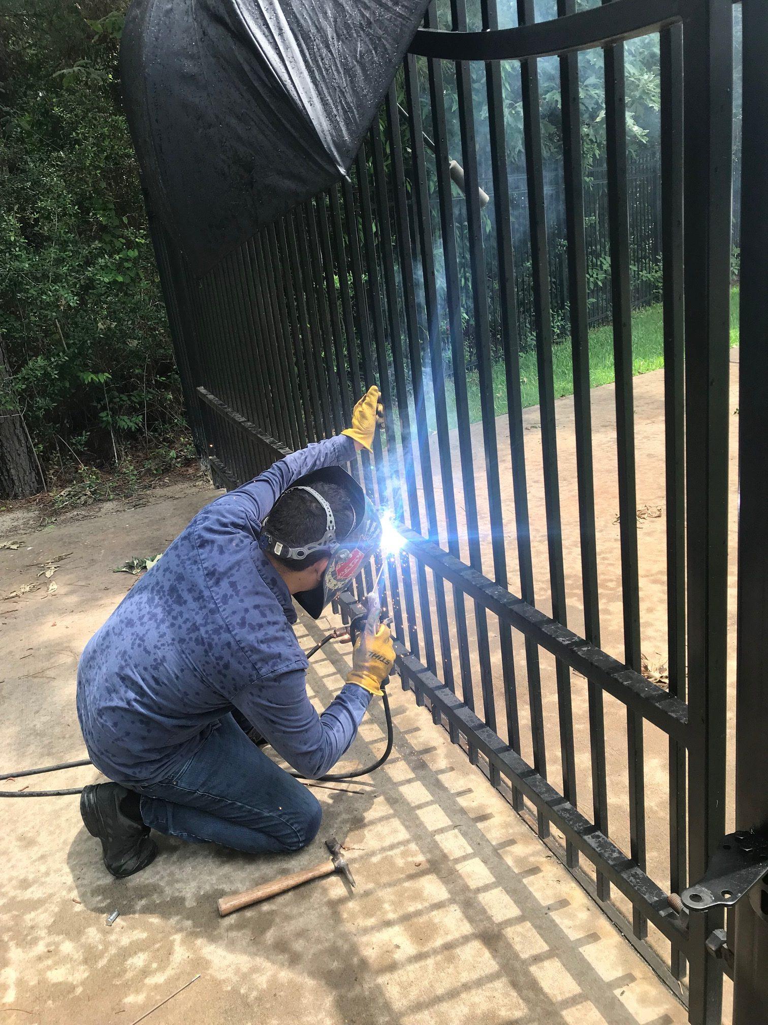 Swing Gate Repair Houston